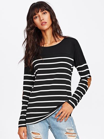 T-Shirt mit Streifen und Ellenbogenflecken