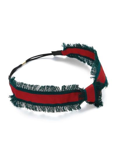 Bandeau avec détail de nœud avec bord déchiré