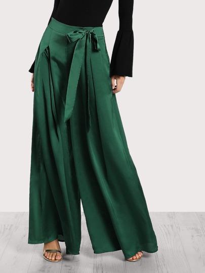 Pantalons plissé avec lacet côté