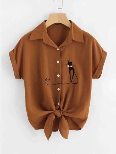 Bluse mit Katze Stickereien und Krawattenmanschette