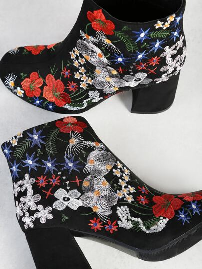 Floral Embroidered Chunky Heel Ankle Boot BLACK