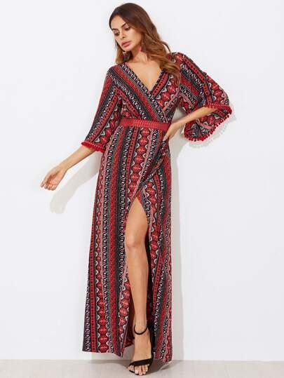 Kleid mit V hinten und Spitzen