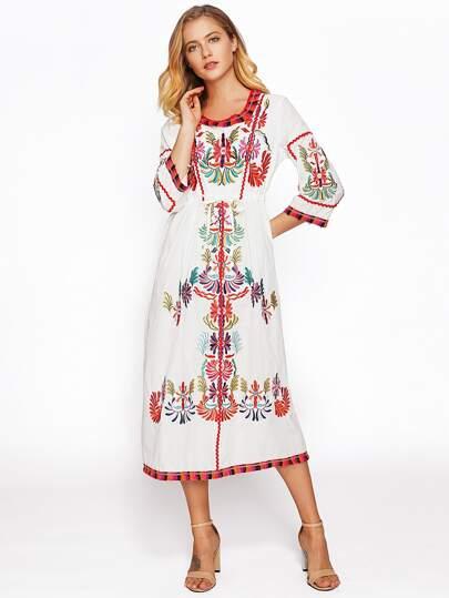 Contrast Fringe Trim Embroidered Dress