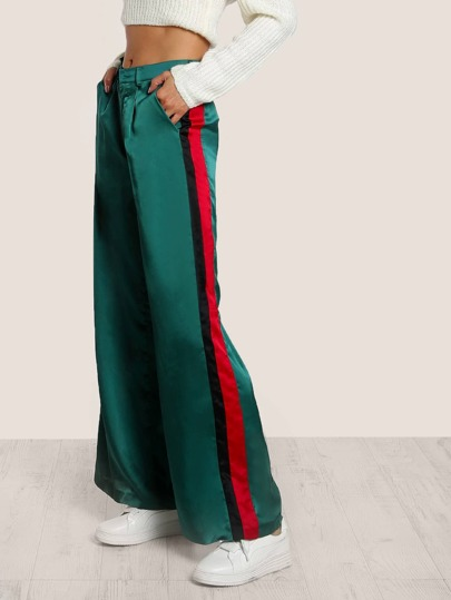 Pantalones de rayas laterales con pernera ancha