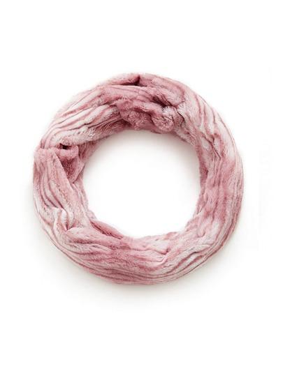 Bufanda de rayas con piel sintética