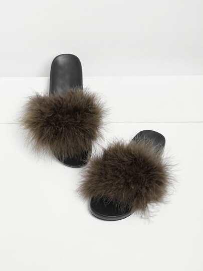 Sandalias con diseño de piel sintética
