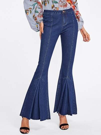 Pantaloni di jeans a campana