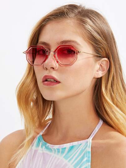 Gafas de sol polígonas con lentes teñidos