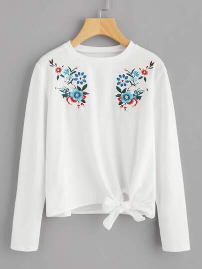 Bow Tie Hem Symmetric Embroidered Tee