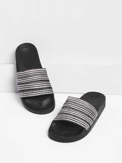 Sandalias con estampado de rayas