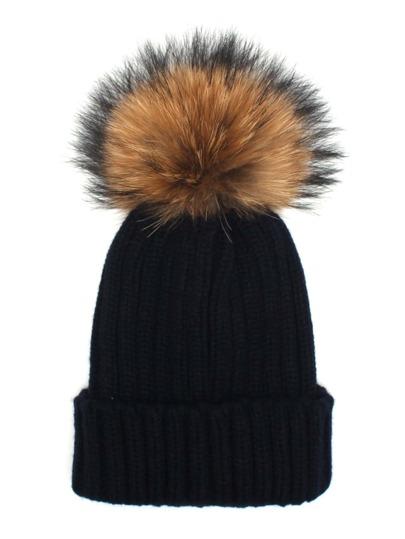 Модная вязаная шапка с помпоном