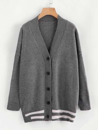 Pull manteau découpé à rayures avec la chute de l\'épaule