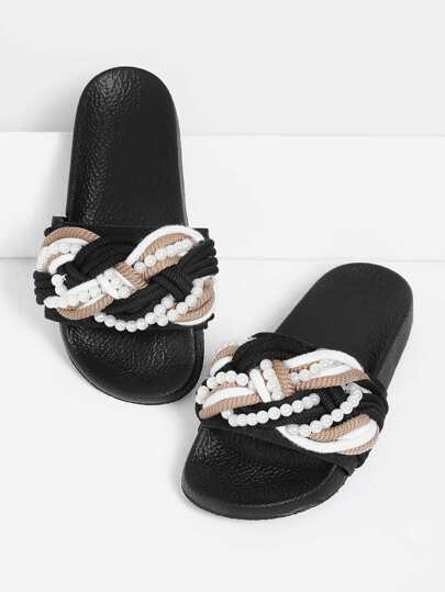 Sandalias con diseño de perla de imitación