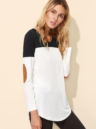 T-Shirt mit Farbblock, Ellenbogenflecken, gekrümmtem Saum