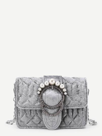 Модная бархатная сумка на цепочке с бусинами
