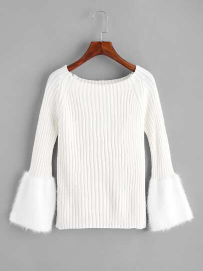 Pull tricoté avec fourrure de manchette