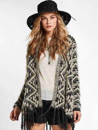 Maglione con bordi a frange