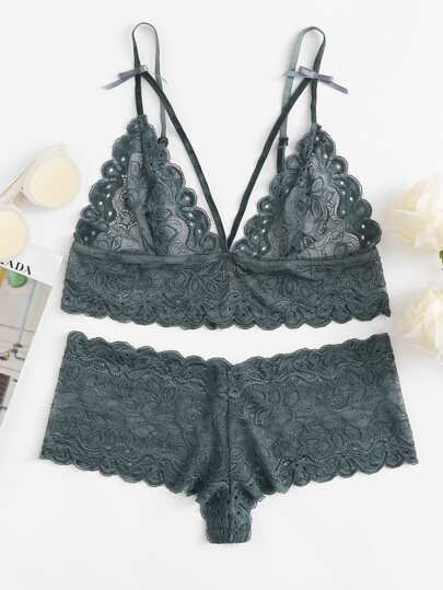 Scalloped Eyelet Detail Strappy Bra & Pantie Lingerie Set
