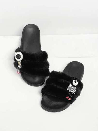 Sandales en cuir faux avec pièce de l\'animation