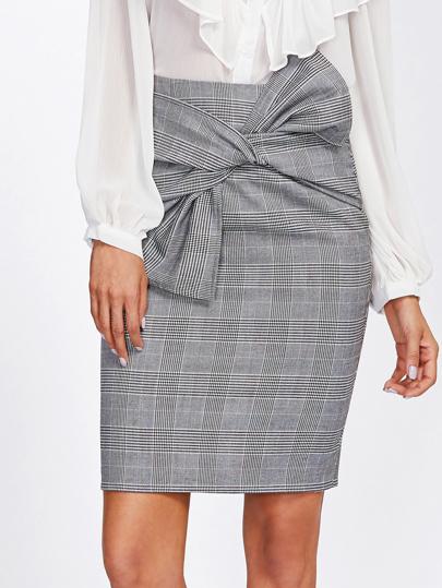 Falda de cuadros con cinturón
