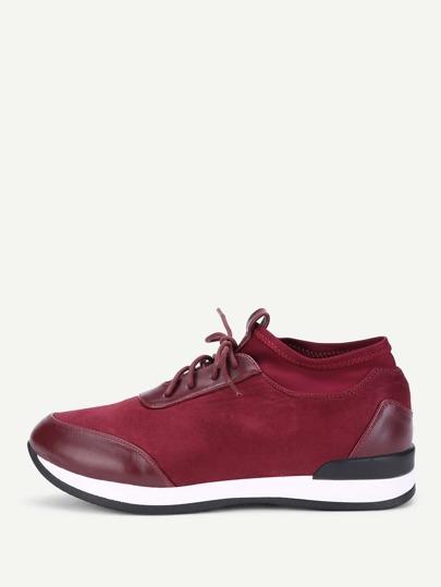 Zapatos de pu con cordón