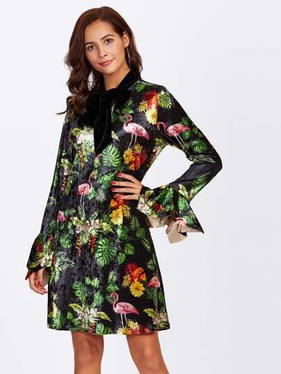 Vestido tropical de terciopelo con lazo para atar
