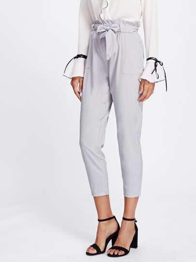 Модные брюки с поясом и оборкой