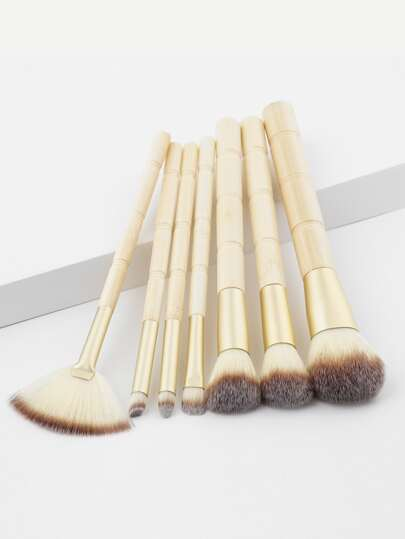 7 piezas de pinceles de maquillaje con mango de bambú