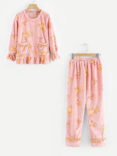 Conjunto de pijama con oso y volantes