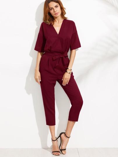 Combi-pantalon col V avec ceinture - rouge bordeaux
