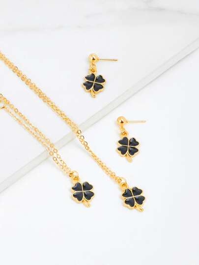 Clover Design Bracelet & Necklace & Earring Set