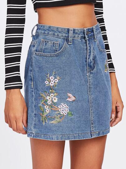 Jupe en jeans brodé plante