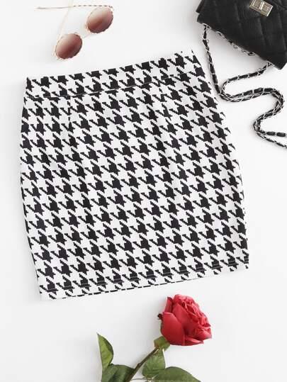 Zip Side Houndstooth Skirt