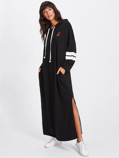 Vestido de capucha con abertura y parche de rosa