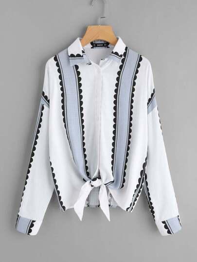 Shirt avec nœud du pan avec bouton