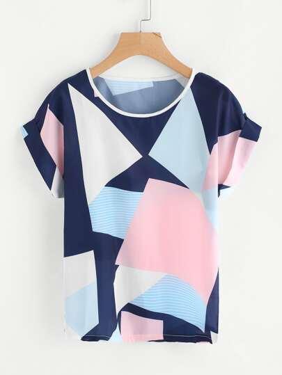 T-shirt con stampa geometrica