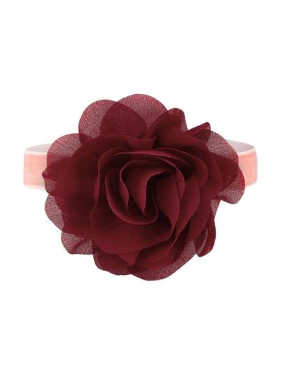 Collier de fleur délicate