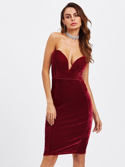 Plunging V-neckline Strapless Velvet Dress