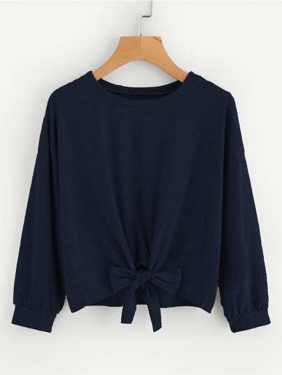 Sweat-shirt avec nœud papillon avant et la chute de l\'épaule