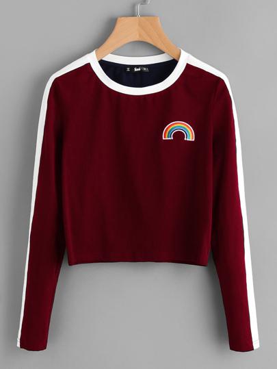 Camiseta corta con parche de arco iris