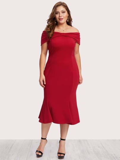 Off Shoulder Ruffle Hem Pleated Dress