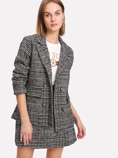 Blazer en tweed à carreaux avec jupe