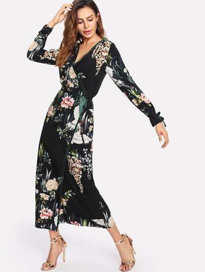 Vestido floral cruzado con cinturón