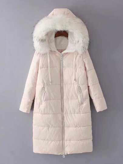 Abrigo de plumas largo de capucha con detalle de parche