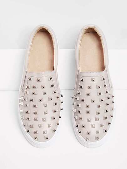 Studded Detail Flatform Sneakers