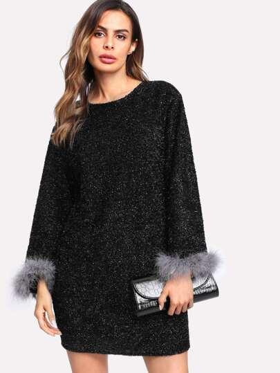 Vestito Marlettato con polsini in pelliccia sintetica a contrasto
