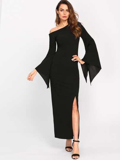 فستان بكم واحد واسع مكشوف الكتف