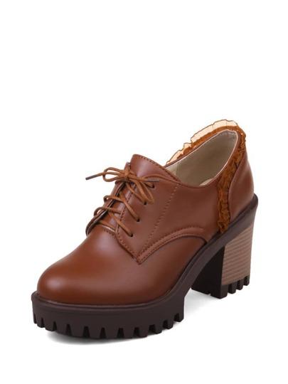 حذاء نسائي-بدانتيل بتصميم أكسفورد