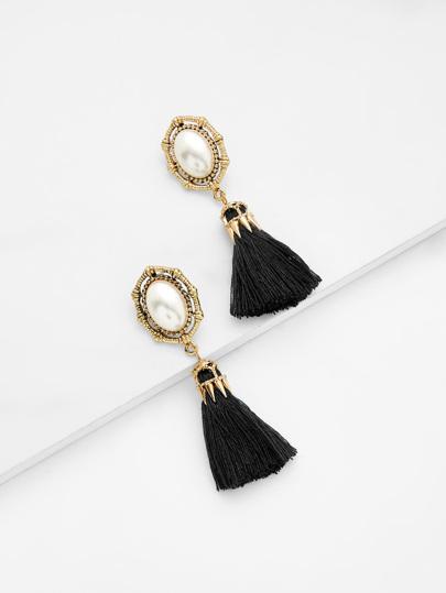 Orecchini pendenti con perle sintetiche