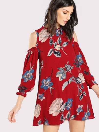 Robe épaules dénudées imprimée fleuri avec des plis